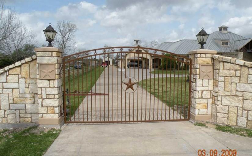 Masonry Fences13