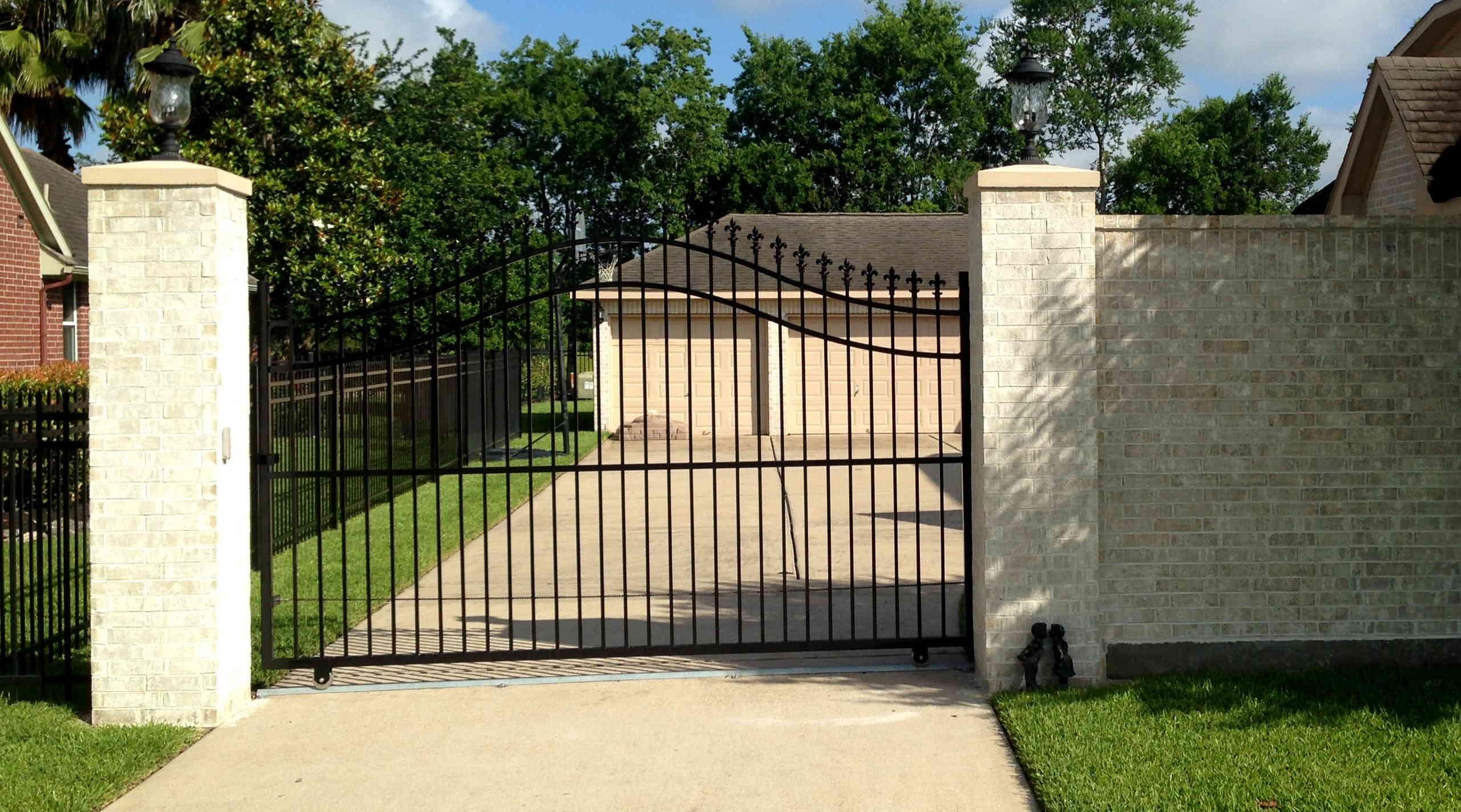 Brick Fence Construction : Masonry fences lone star fence construction